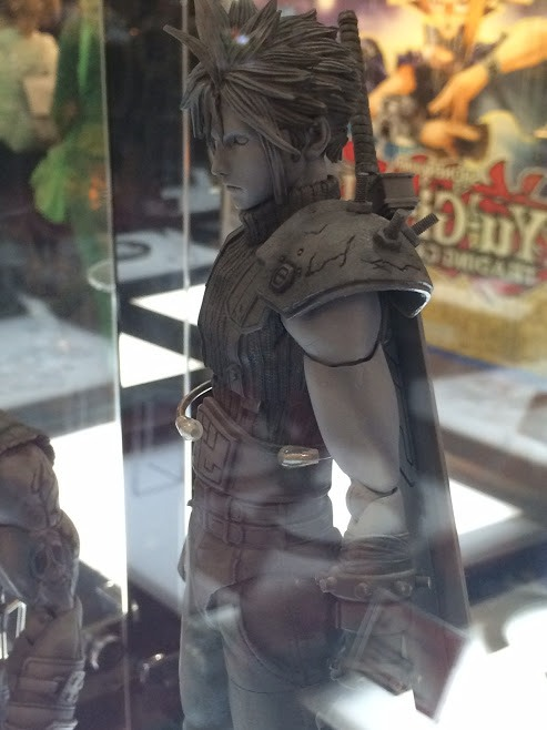 play-arts-kai-cloud-strife_krgy