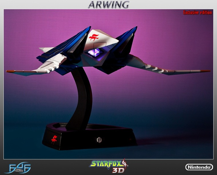 the-new-300-arwing-statue-from-first-4-figures-shi_13j9